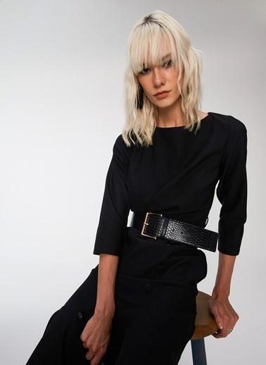People By Fabrika Kemer Detaylı Elbise Siyah